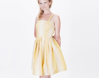 Yellow and White Ombre Pleated Short Sleeveless Sundress