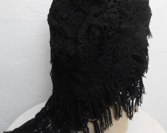 Vintage Hair-pin Lace Shawl in Black and Gorgeous