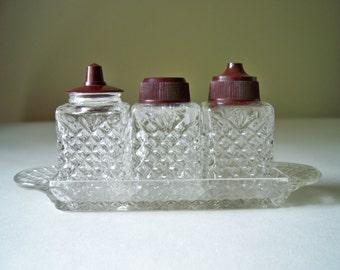 Vintage condiment set salt and pepper
