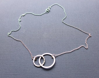 Two Interlink Silver Rings Necklace