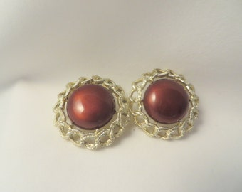 Vintage Shiny Brown Clip On Earrings