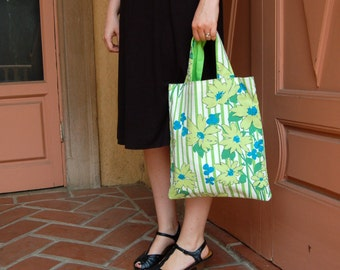 small floral tote bag, fabric handbag, summer fashion accessory, daisy fabric purse, fabric bag, eco friendly bag, green and blue tote bag