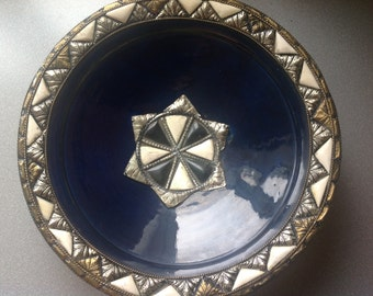 Vintage mexican ceramic big plate with bons and silver plate decoration D 36cm