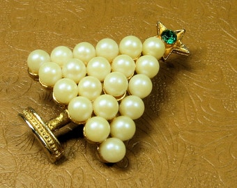 Pearl Christmas Tree Brooch