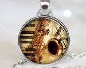 Saxophone Pendant, Musical Instrument Necklace, Music Lovers Jewelry, Silver (PD0532)