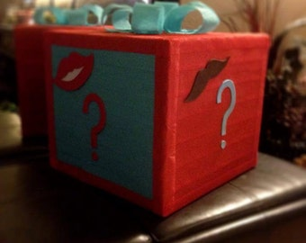 Guess the Gender - Baby Shower Pinata - Lipstick or Mustache