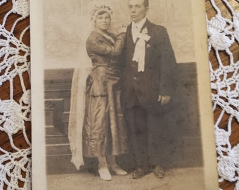 Vintage 1800s Photograph Wedding Couple 41/2 X 7 inches