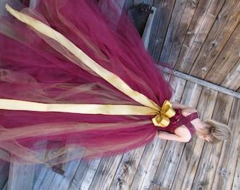 Girls Tulle Flower Girl dress, Flower Girl Dress, Tulle lace flower girl dress, dress with train, burgendy and gold dress, Wine tutu dress