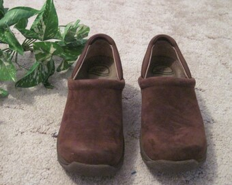 womens brown leather clogs size 40 = U.S. size 9 1/2 - 10