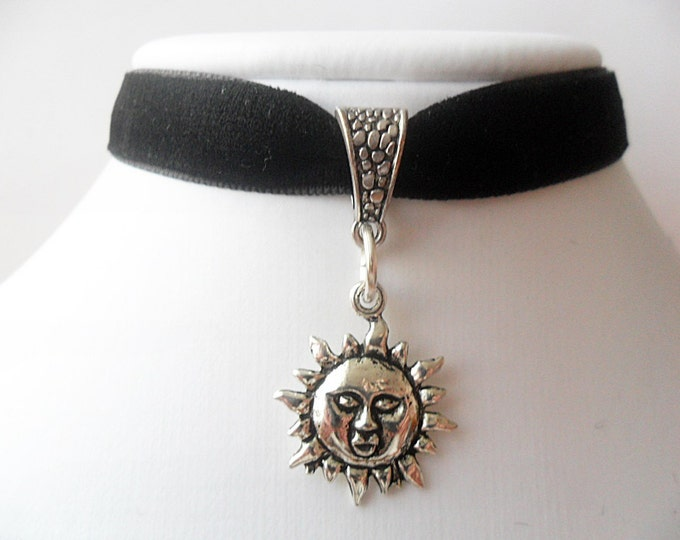 "Velvet choker necklace with silver tone sun flower pendant and a width of 3/8""Black, Leon, Mathilda, Natalie Portman Ribbon Choker Necklace"