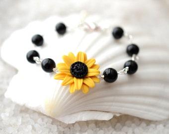 Golden Yellow Sunflower Beaded Bracelets, Sunflower Bracelet, Sunflower Jewelry, summer Jewelry