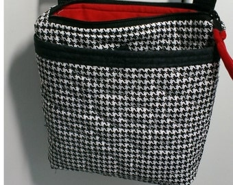 Houndstooth crossbody bag with zipper closure,  quilted Alabama crossover purse