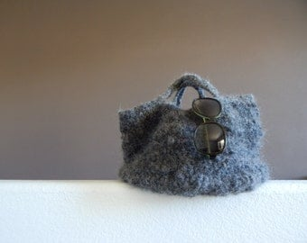 Vintage Grey Wool Basket Bag, Wool Bag, Wool Tote, Natural Wool, Undyed Wool,Charcoal Wool, eco friendly,Slow Design- momoish made