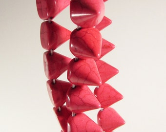 Hot Pink Howlite Spike Beads Strand 13mm x 15mm