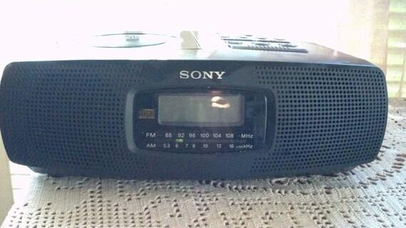 vintage sony digital desk alarm clock radio cd. Black Bedroom Furniture Sets. Home Design Ideas