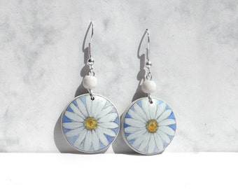 Round Hand Painted Daisy Earring, 925 Sterling Silver Wooden Earring, Dangle Earrings, Handicraft, One of a Kind Silver Wood Jewelry
