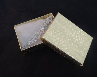 """100 Gold Jewelry Presentation Gift Box,  Cotton Filled, Retail Jewelry Boxes Favor Boxes, 3.25""""x2.25""""x1"""""""