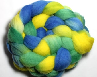 Hand Painted Roving - Underwater - Falkland Wool, 4 ounces