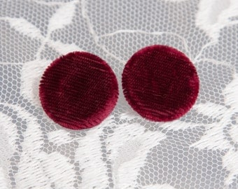 """19 Vintage 5/8"""" Fabric Covered Shank Buttons. Burgundy Faux Fur. Silver Metal Back and Shank Loop. Item 1830FC"""