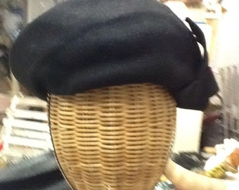 Vintage Beret Style Wool Hat
