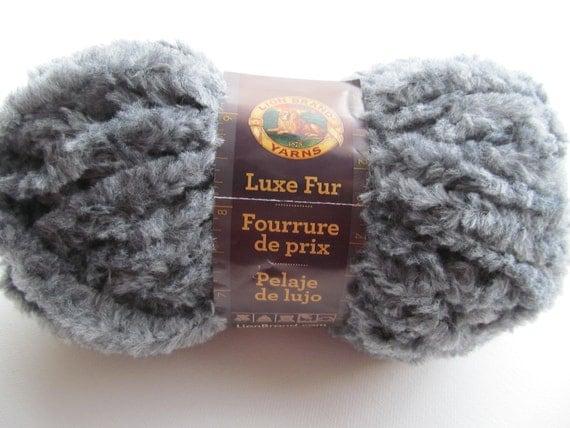 Lion Brand Luxe Fur Bulky Knitting Yarn Wool Yarn Ash by Lacywork