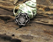 2 pcs - findings - supply - supplies- leather findings - pendant - tibetian silver plated- flower pendant