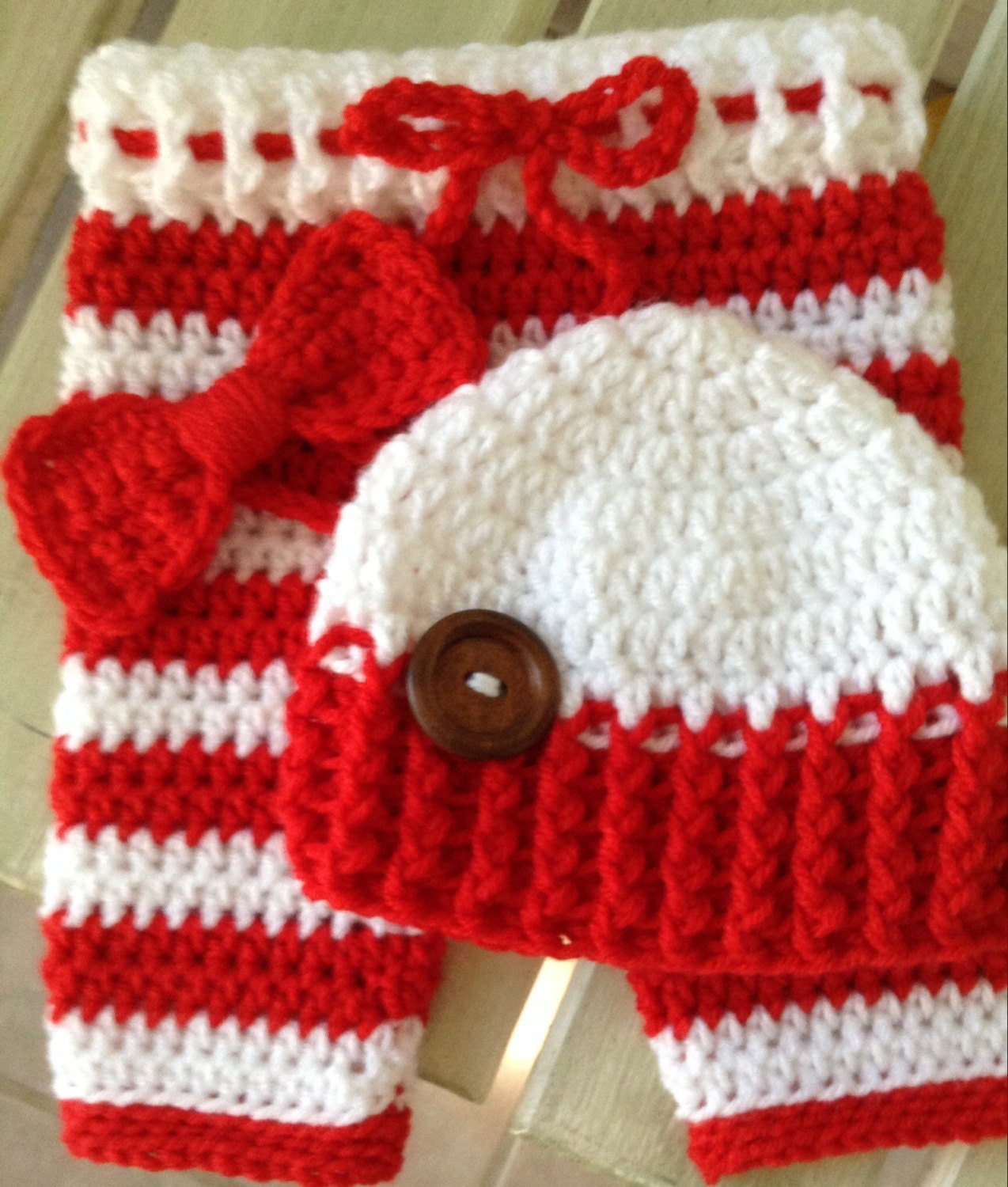Crochet Baby Hat With Ties Pattern : Crochet baby pants crochet hat bow tie crochet diaper