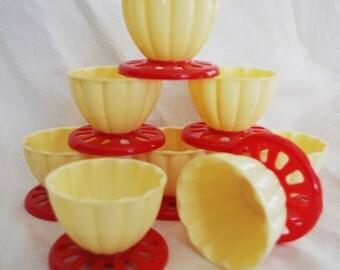 Vintage Plastic Ice Cream Bowls Atomic Red & Cream 1950s