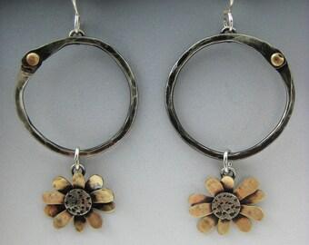 Daisy Earrings, Hoop Earrings, Flower Earrings RP0470