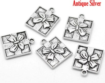 5 Pieces Silver Tone Christmas Gift Charms