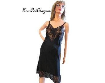 Vintage Slip, Black Lace Slip, 40s 50s Full Slip, Black Rayon Slip, Lace Bodice, Lace  Hem, Retro Lingerie, Mad Men, Bombshell, Small