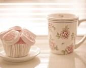 Tea Time With Cupcake postcard