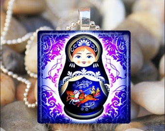 RUSSIAN NESTING DOLL Matryoshka Babushka Russian Stacking Dolls Glass Pendant Necklace Keyring - Blue/Purple
