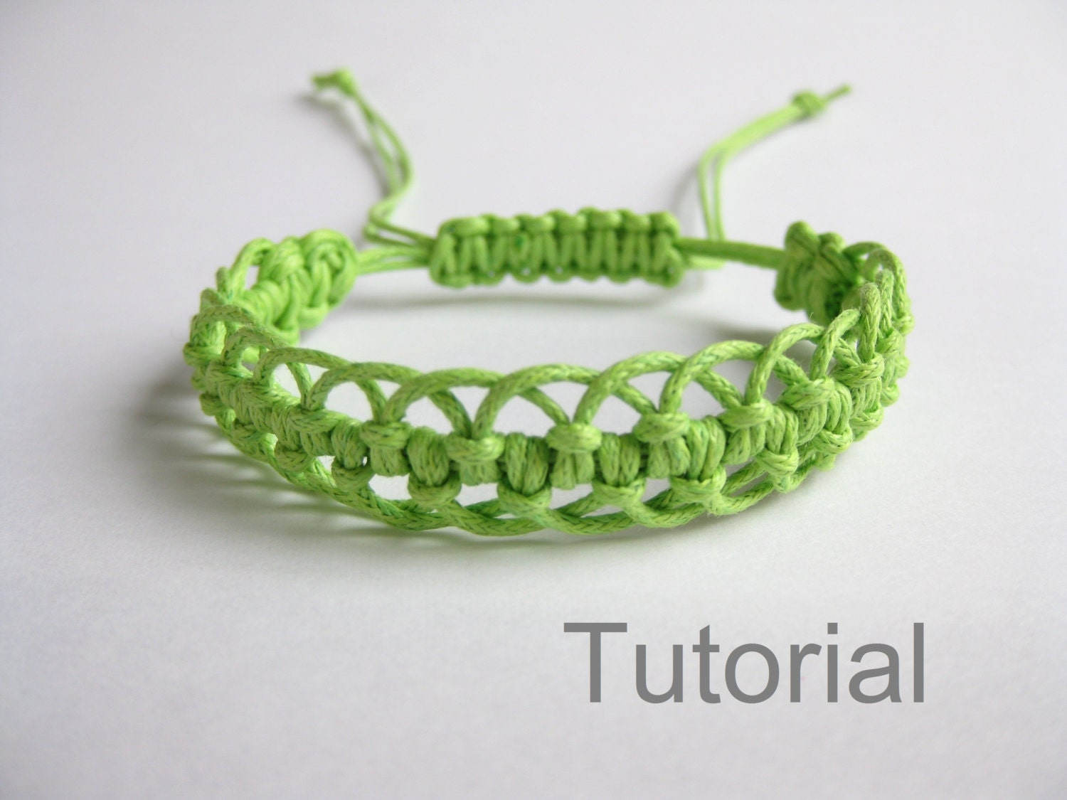 bracelet pattern macrame tutorial pdf green adjustable clasp. Black Bedroom Furniture Sets. Home Design Ideas