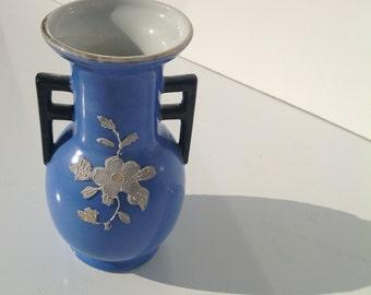 Antique asian vase Blue Moriage Style Blue Shoten Vase
