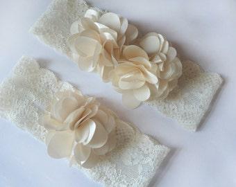 wedding garter ((NEW)) Sale lace garter / Vintage  chiffon flower Wedding Dress Garter /  Garters / Toss Garter / Garter BELT Wedding SALE