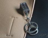 Dr Who Doctor Who Inspired Antique Silver Tardis Keychain Dr Who Keyring - 3D