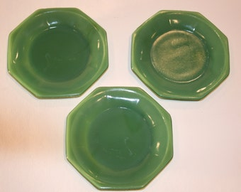 Vintage Child's Jadite Plates