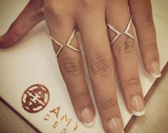 Beautiful 14K Yellow Gold Diamond Ring. 130-00120
