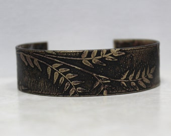 Leaf etched brass cuff, leaf etched cuff, oxidized brass cuff, etched bracelet, etched jewelry, rustic bracelet, rustic jewelry, leaf design