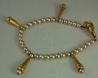Vintage Metal Pointus Pearl Parisian Bracelet
