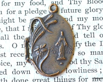 Mary Medal - Catholic Medal - Mary Medal -Bronze or Sterling Silver  (M22-1183)