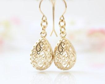 Gold Earrings | Gold filigree drop earrings | bridal earrings | Gifts for her