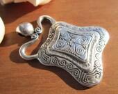 Ethnic Tribal chick bohemian  charm pendant sterling silver platedwholesale