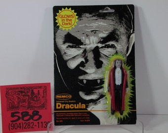 "1980 Remco / Universal Monsters 4"" Glow Dracula Mint on card"