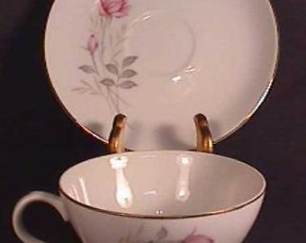 Mint Camelot American Rose pattern Cup & Saucer
