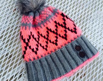 Vintage Knit Ski Cap With Pom Pom