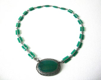 Art Deco Czech Green Glass Necklace With Oval Pendant