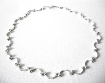 Elegant Sterling Silver Scallop Wave Necklace Set With Faux Diamond Stones