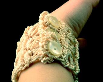 Bracelet in Ecru Nylon, Crocheted Broomstick Lace Cuff